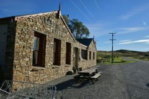 Otago Rail Trail - Wedderburn Pub