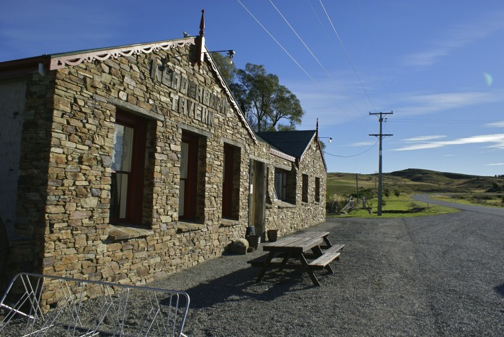 Otago Rail Trail - Wedderburn Pub