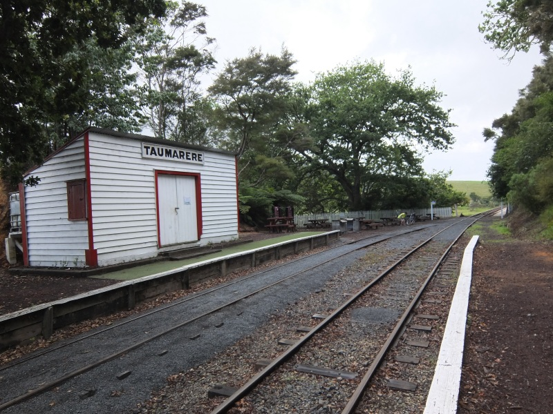 Taumarere Station  - reminded us of Milan Station in quiter times.