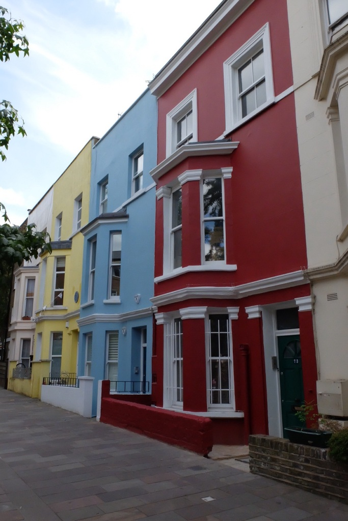 Multi coloured houses seems to be a feature of Notting Hill