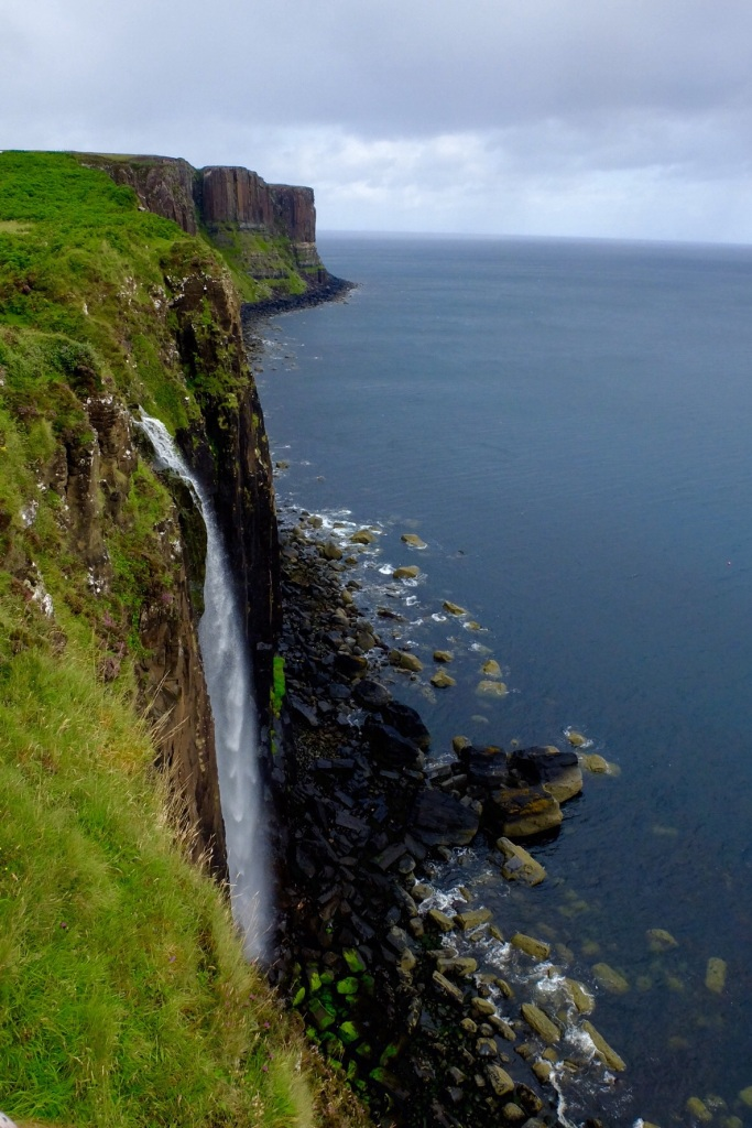 The are many shear cliffs on Skye
