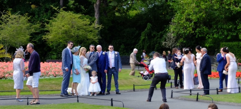 Wedding photos in St Stephens Green on a Saturday afternoon