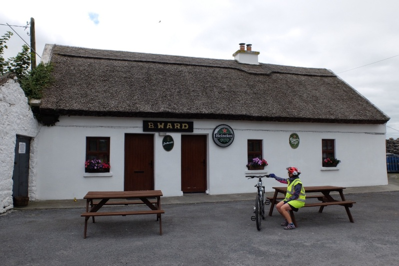 We enjoyed a (small) Guinness with Martina and the locals in the Kiltulagh Pub in East Galway