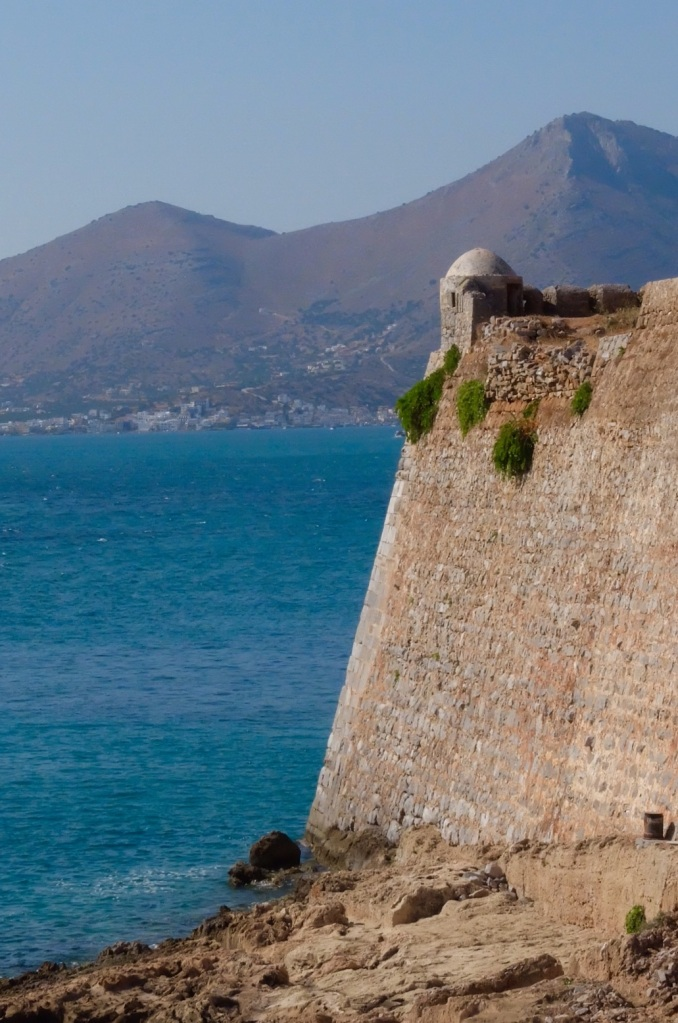 The ramparts to the fortress dropped dramtically in the crystal clear Aegean. In may places the natural rock faces formed part of the fortifications.