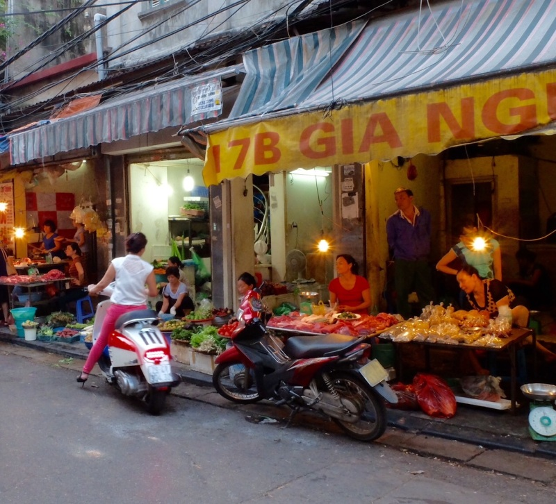 Footpath retail Hanoi style, the original drive through.