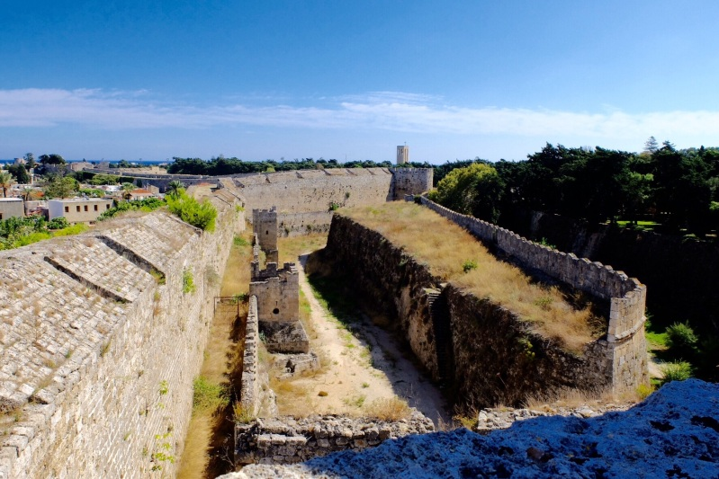 There were two and in some places three walls plus dry moats that invaders had to scale to get entry to Rhodes town. Now all you have to do is negotiate all the touts for eateries,