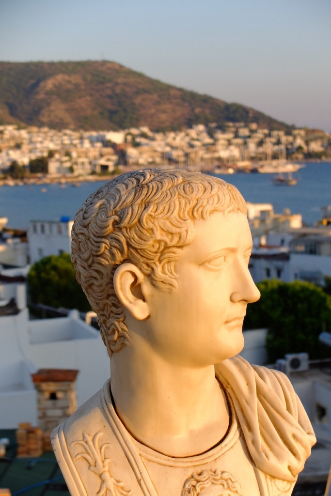 The rooftop terrace of our pension was adorned with relicas of roman busts. Made for some interesting photo opportunities