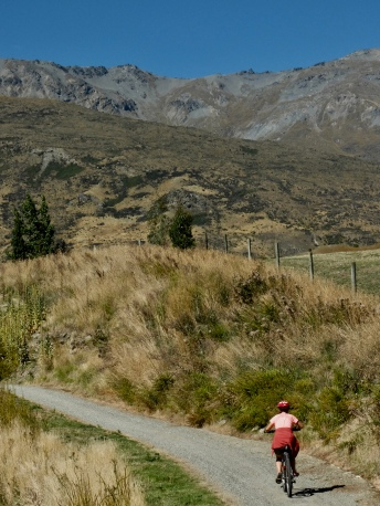 Riding to Gibbston Valley Queenstown